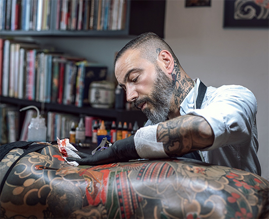 d16a81f8d Pino's style is a very classic and simple Japanese Tattooing, his shop  White fox Gallery in Braunschweig is a meeting point for irezumi lovers in  Germany.
